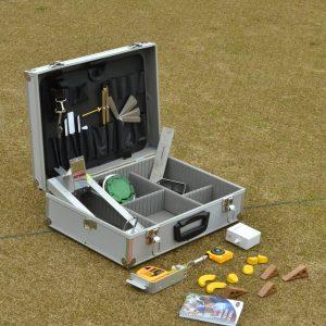 Lawn bowls umpire kit